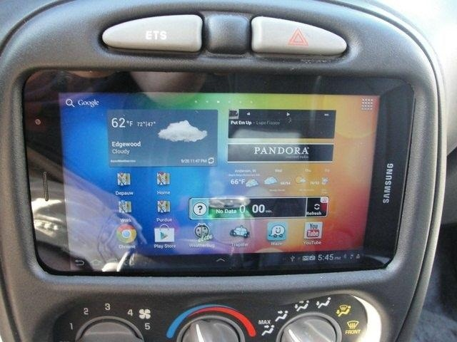 How to Turn a Samsung Galaxy Tablet into an In-Dash GPS and Music Player for Your Car