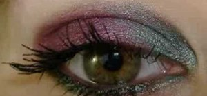Create a Winter Berries and Mint eyeshadow look