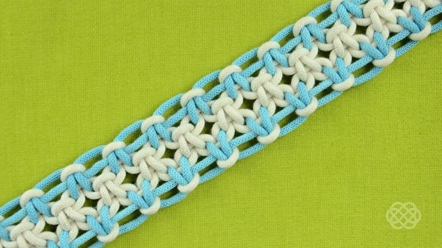 How to Tie a Square Knot with Eight Strings