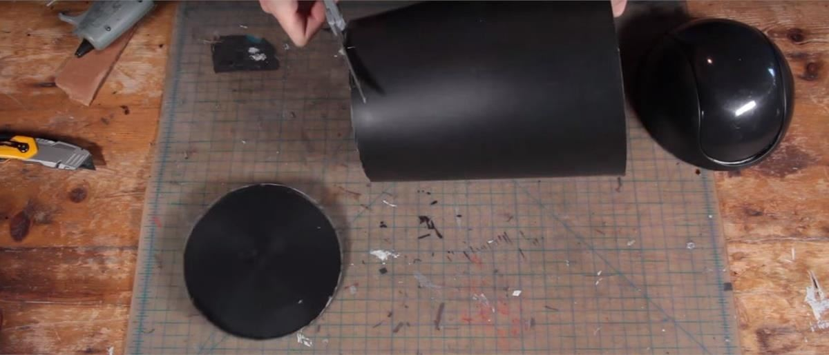 How to Make a Menacing Kylo Ren 'Star Wars' Costume for Halloween