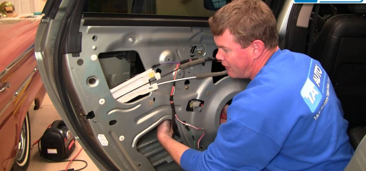 how to fix a broken rear power window regulator in a 2004