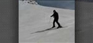Do basic turns when skiing
