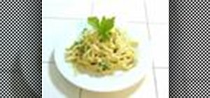 Make fettuccine carbonara