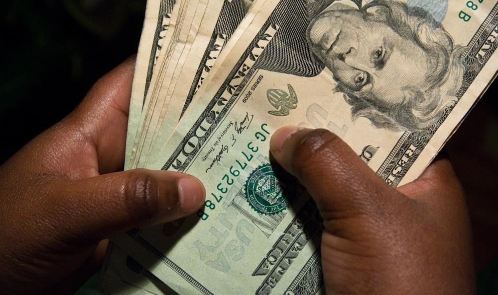 Forget Advil: Cold, Hard Cash Is the Best Pain Relief