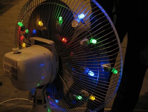 10 Clever Uses for the LED Throwie