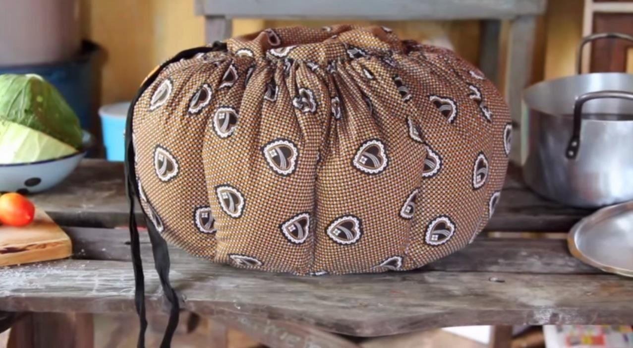 Food Tool Friday: This Cloth Bag Is Actually a Powerless Slow Cooker