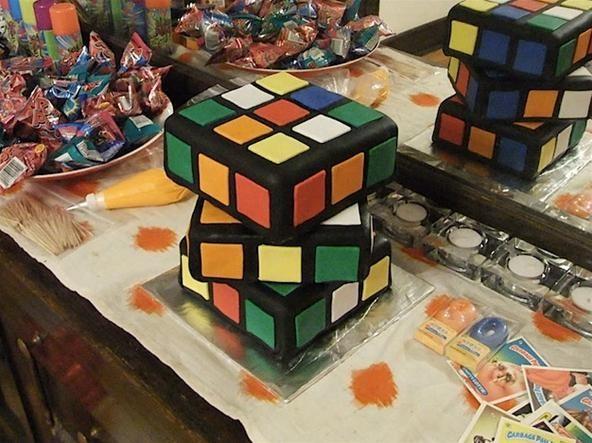 HowTo: Make a Rubik's Cube Cake