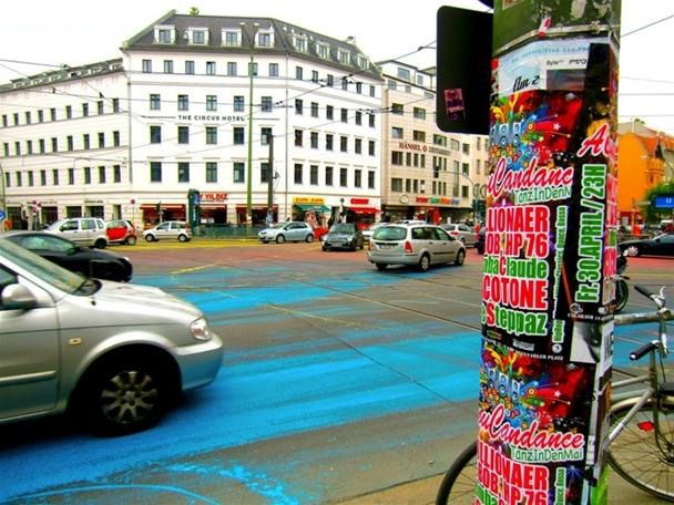 Cyclists Art-Attack the Streets of Berlin Guerilla Style