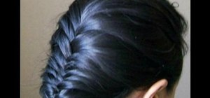Braid a fishtail braid