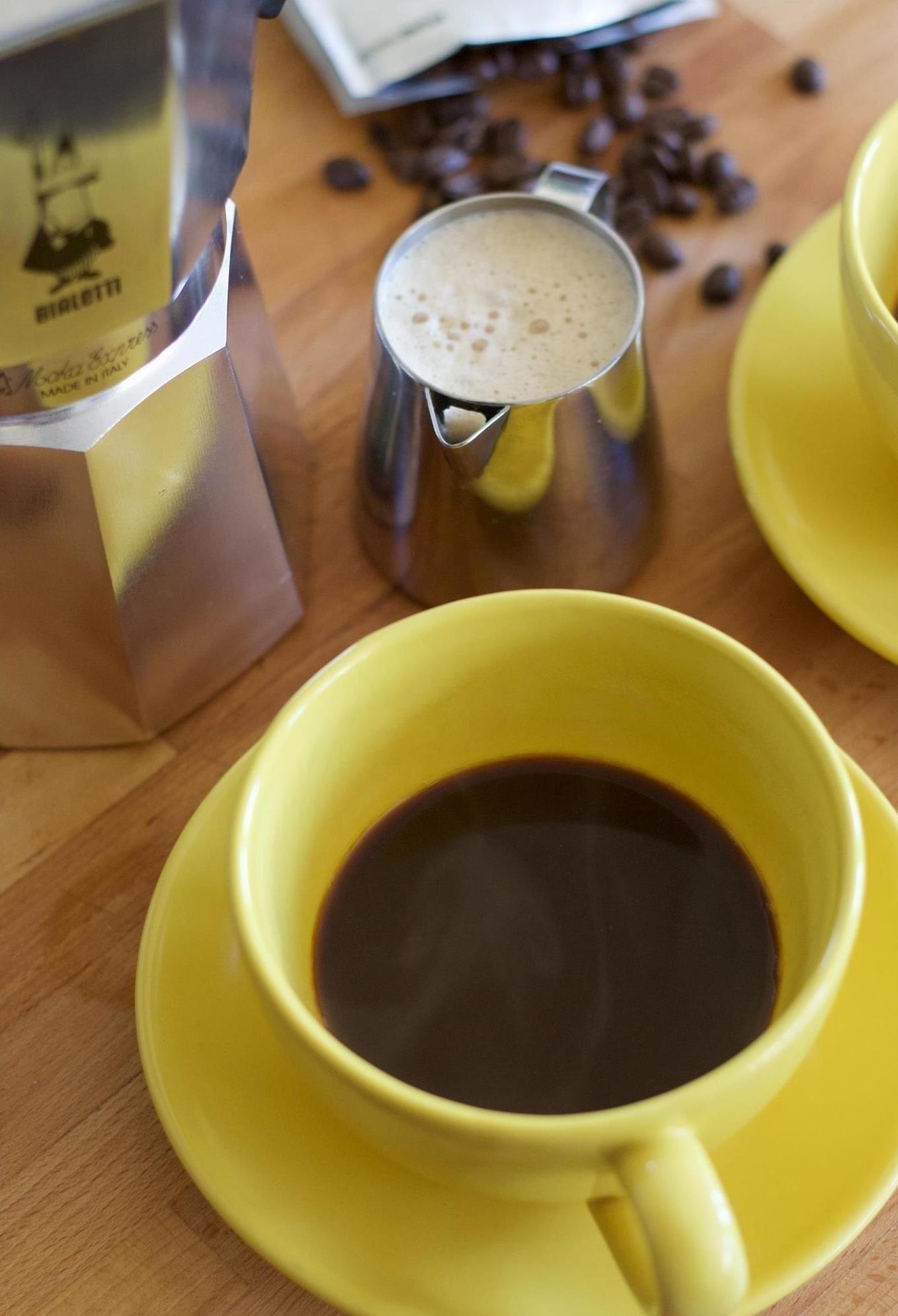 How to Clone Starbucks' Secret Dirty Chai Latte