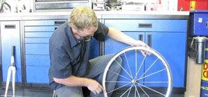 Install a tubeless road tire on a bicycle