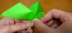 Origami a flapping bird with one paper