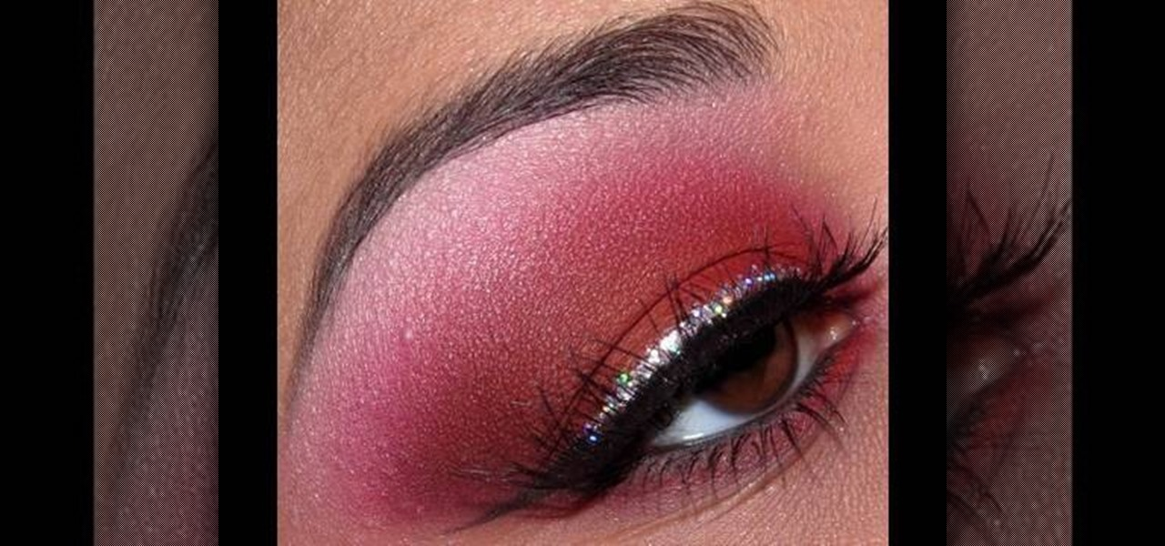How to Apply red eyeshadow with glitter eyeliner for a ...