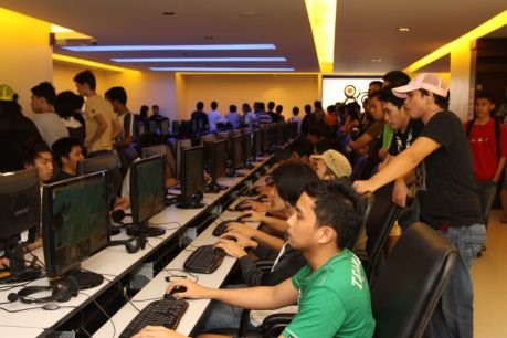 Dota 2 Gamers Compete in Unprecedented $1,000,000 Tournament