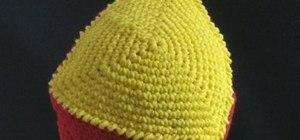 Crochet a triangle-shaped bikini beanie hat