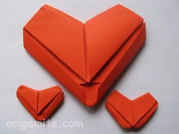how to make an origami heart for valentine 39 s day origami. Black Bedroom Furniture Sets. Home Design Ideas