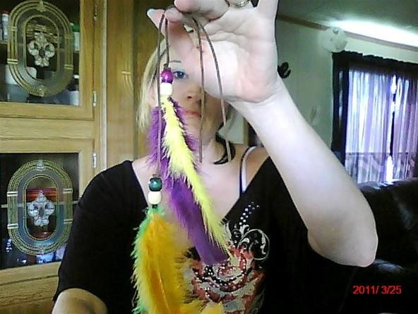 How to Make a Roach Feather Hair Clip