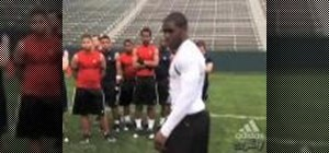 Do a zig zag running drill with Reggie Bush