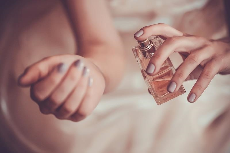 Like the Way You Smell? You're Making Yourself More Attractive