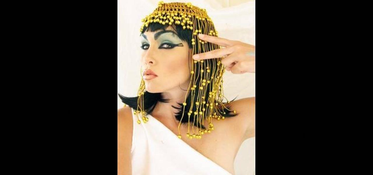 The Cleopatra Makeup Look