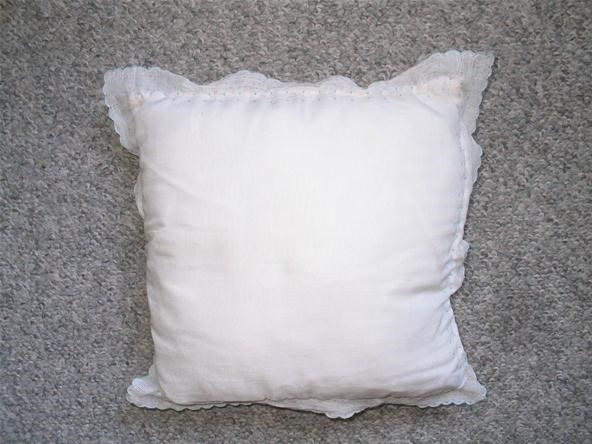 How to Make a Pillow Using a Vintage Handkerchief