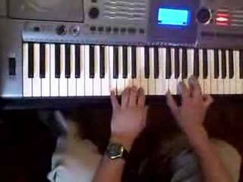 Play Latin salsa piano