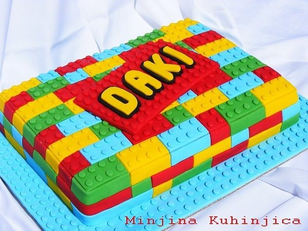 HowTo: LEGO Cake