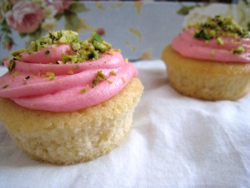RECIPE: Rosewater Pistachio Cupcakes