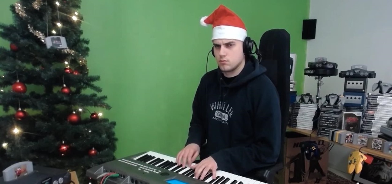Guy Hilariously Plays Xmas Songs in the Style of Video Game Music