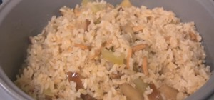 Cook a Thanksgiving Stuffing in a Rice Cooker