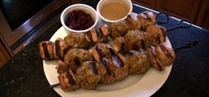 Make turkey and stuffing kabobs for Thanksgiving