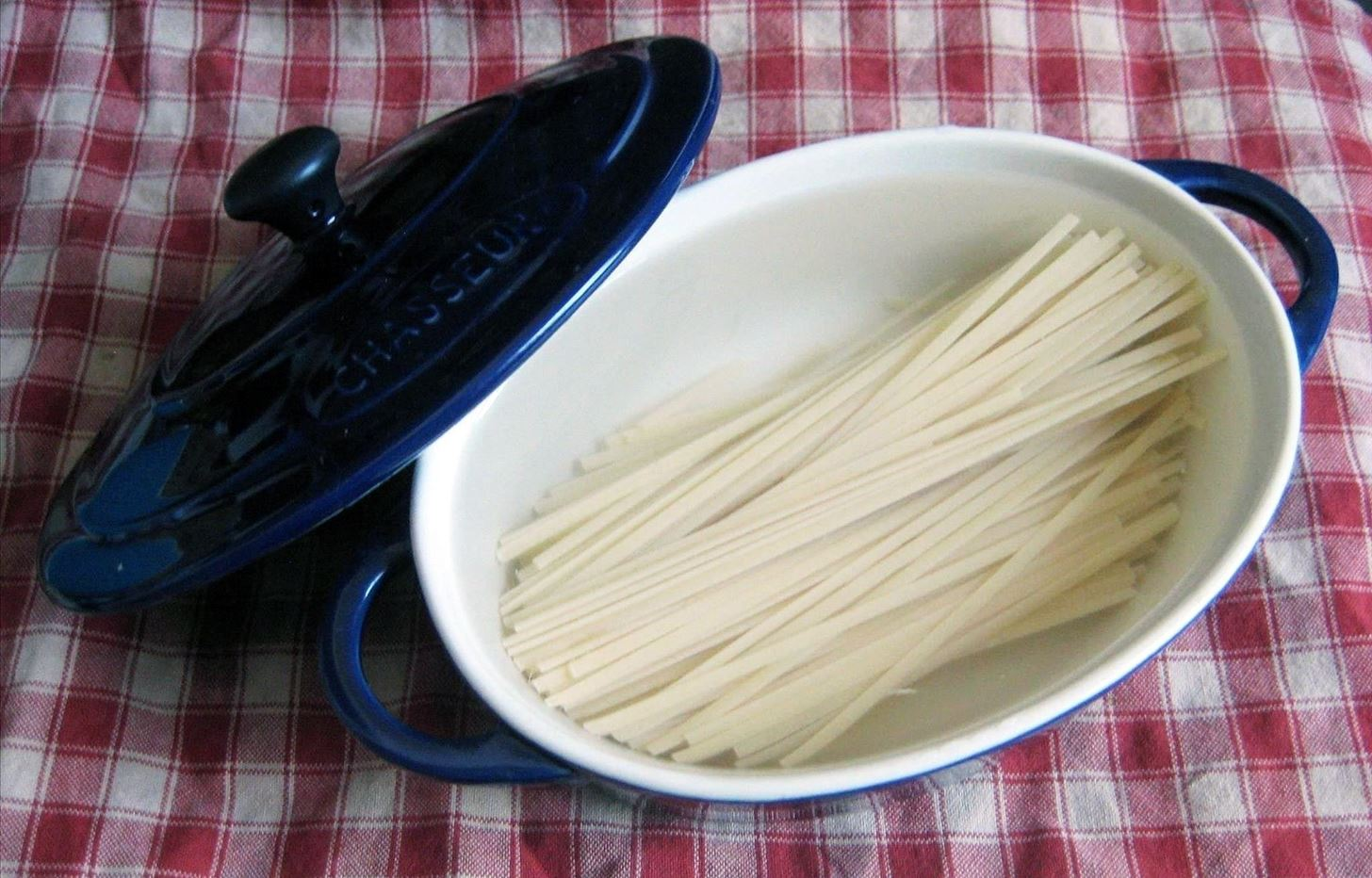 Inject Tons of Flavor into Boring Dried Pasta by Toasting It