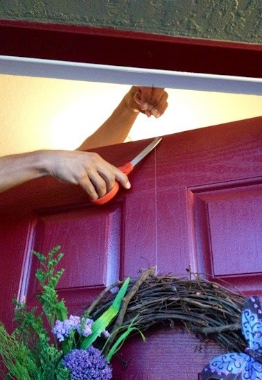 How to Hang a Christmas Wreath Without Damaging Your Door