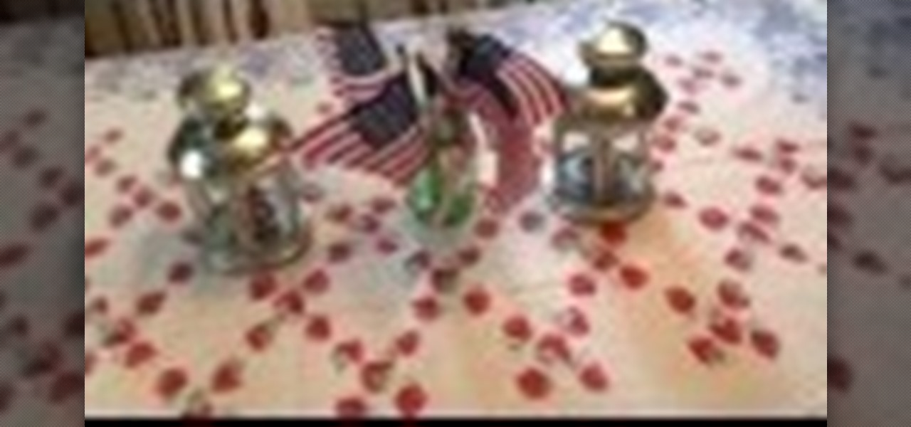 Make a Great Looking American Flag Centerpiece for Dining Room Table
