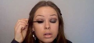 Create Olivia Wilde's smoky bronze makeup look from the 2010 Golden Globes