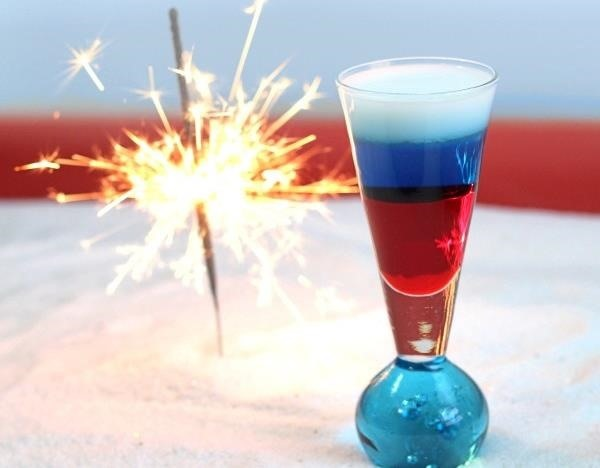 Celebrate the Red, White & Blue with These 10 Patriotic Cocktails