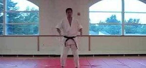 Perform basic footwork in Aikido