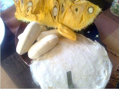 How to Fry Banana and Jackfruit Turon Rolls