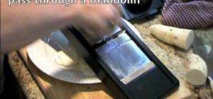Make Mariquitas De Malanga (baked malanga chips)