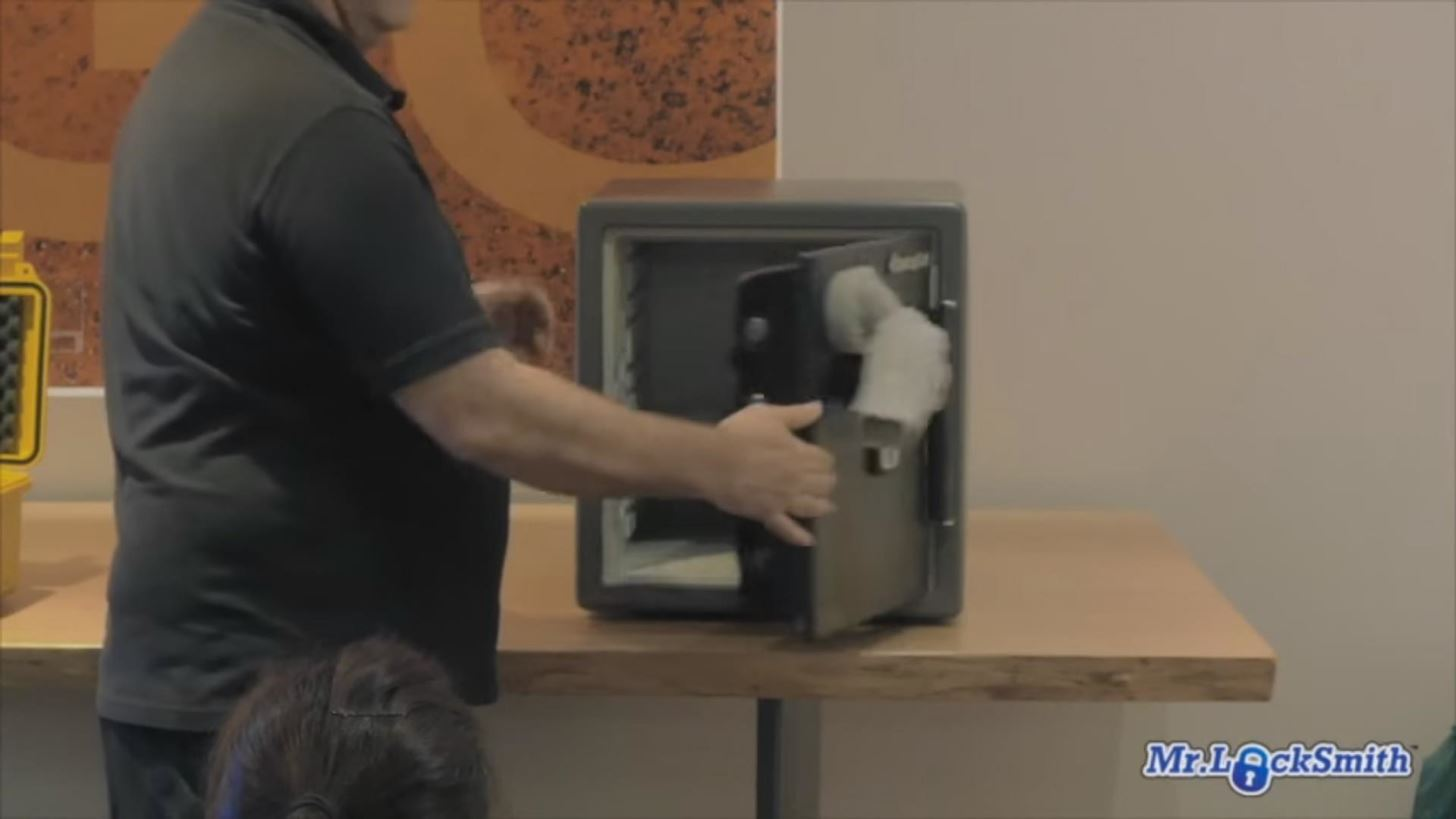 Safe-Cracking Made Stupid Easy: Just Use a Magnet