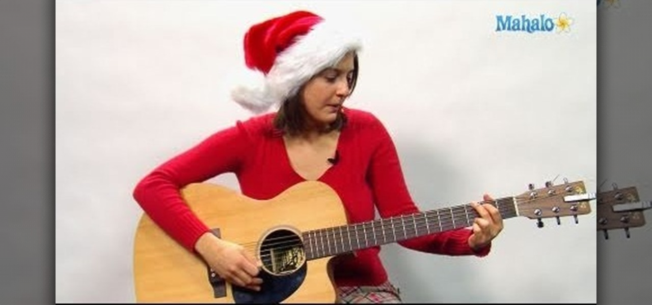 How To Play The Christmas Song Santa Claus Is Coming To Town On