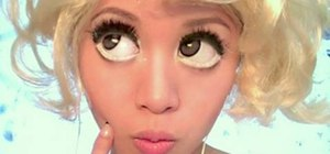"Get Lady Gaga's ""Bad Romance"" big eye makeup look"