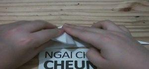 Origami a seahorse