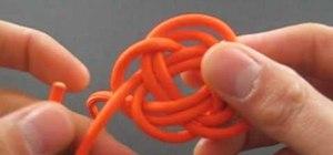 Tie paracord knot balls