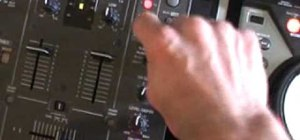 Sample your voice on a DJM-400 mixer