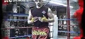 Do Muay Thai kickboxing knee drills