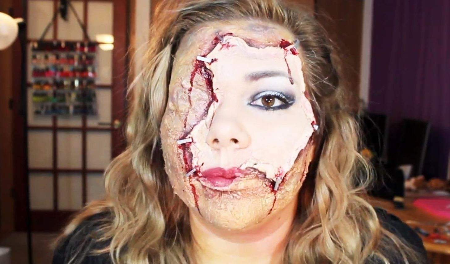 Horrifying Halloween Makeup: DIY Scarred Face with Flayed Human Skin Mask