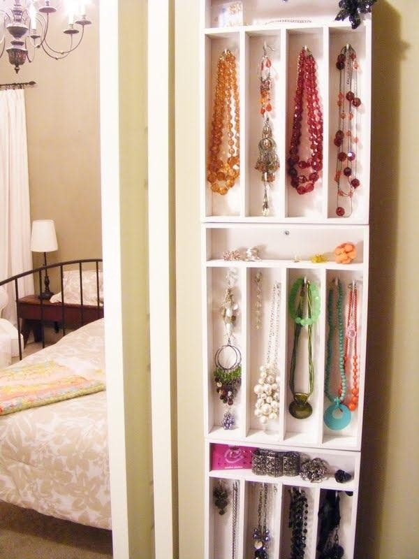 10 Beautiful DIY Ways to Declutter Your Closet MacGyverisms