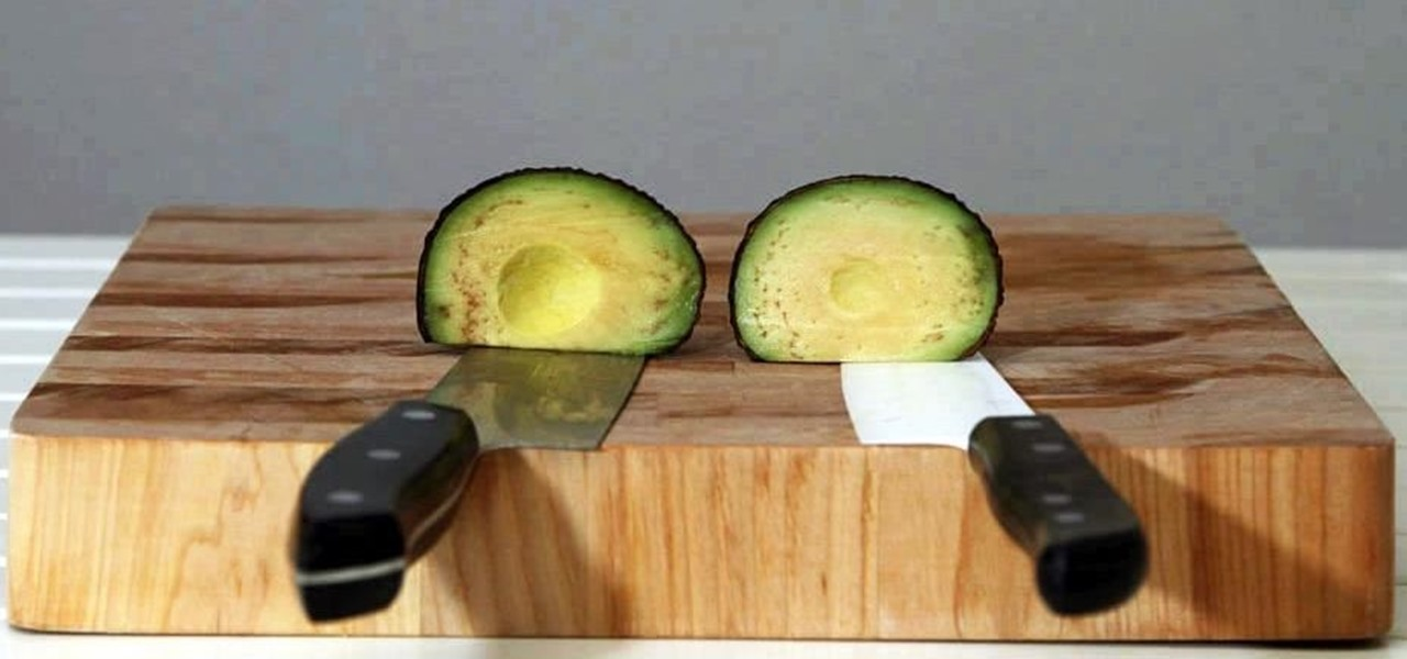 Reduce Browning in Avocados & Other Fruits by Switching Your Knives