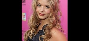 Style your hair like Alison DiLaurentis in the hit show Pretty Little Liars